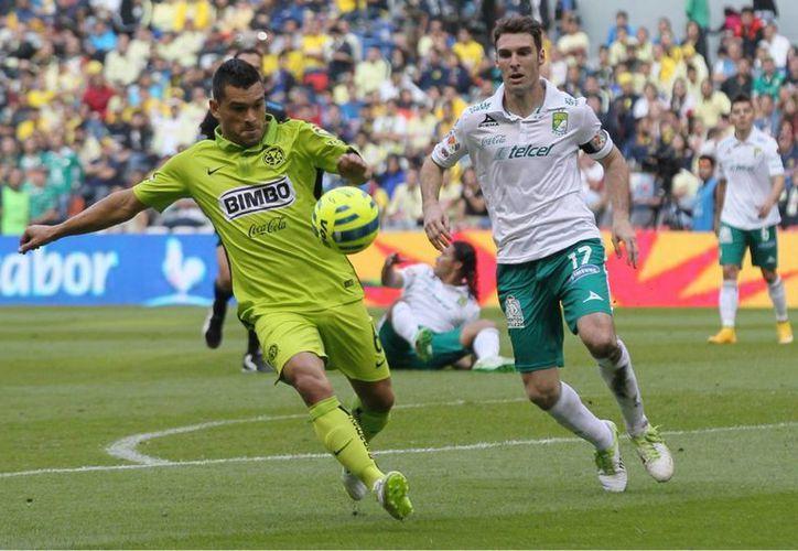 El América inició el partido sorprendiendo al León con dos tantos en los primeros minutos. (Foto: Notimex)