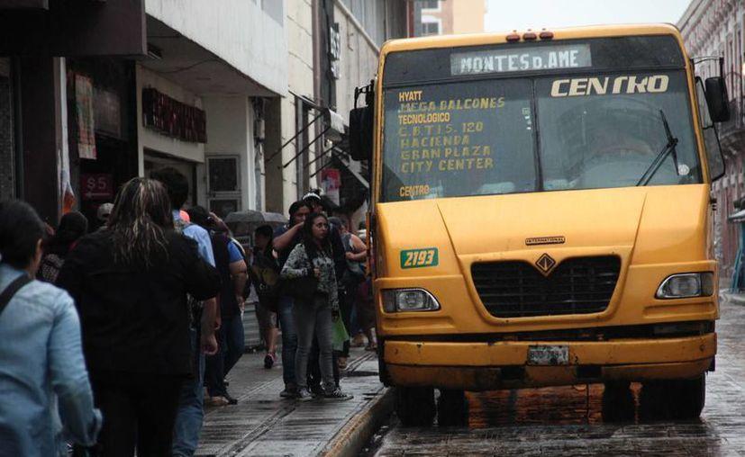 Las denuncias van contra varias rutas de la zona norte de la ciudad. (Jorge Acosta/ Milenio Novedades)