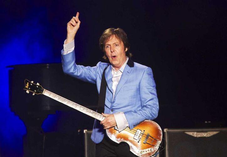 Según rumores, el verdadero Paul McCartney fue arrollado por un camión en el cruce entre las calles de Abbey Road y Belsize Road, en Londres, el 9 de noviembre de 1966. (Archivo/AP)
