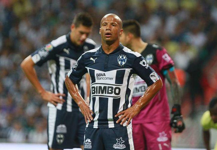 Carlos Sánchez, quien ha sido pieza clave en los triunfos de Monterrey, no jugará la final frente Tuzos de Pachuca. (Archivo/Jammedia)