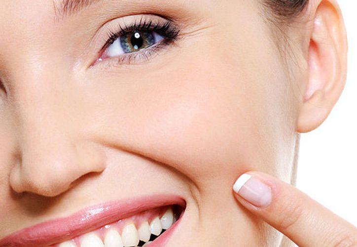 Existen algunos ejercicios que sirven para adelgazar el rostro. (Mujer al día)