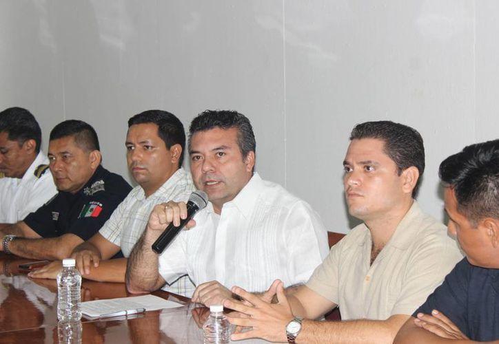 Sesión para instalación del Comité de Protección Civil en Solidaridad. (Cortesía/SIPSE)