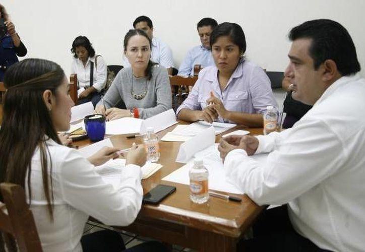 Decidieron tener reuniones cada jueves así como las necesarias intermedias, a fin de pulir el plan de trabajo que presentará el titular de la comisión. (Redacción/SIPSE)