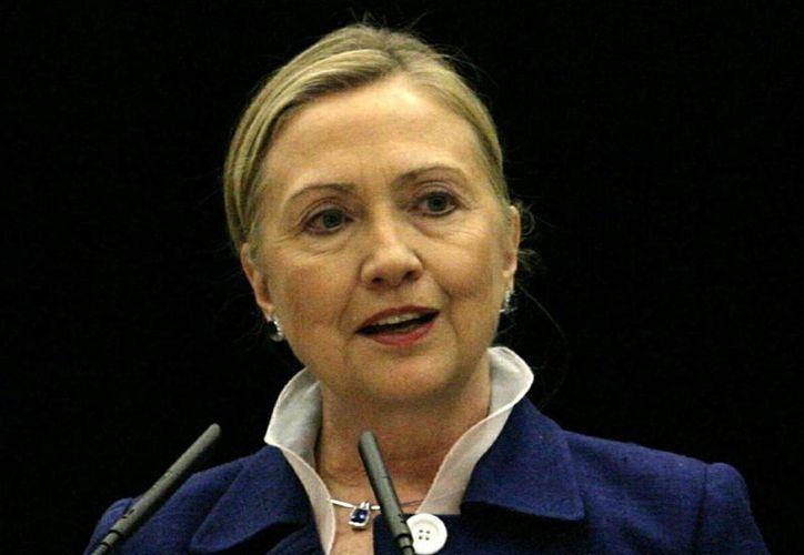 La candidata demócrata a la Presidencia de Estados Unidos, Hillary Clinton propuso negar la compra de armas a personas que son investigadas por la FBI. (EFE/Archivo)
