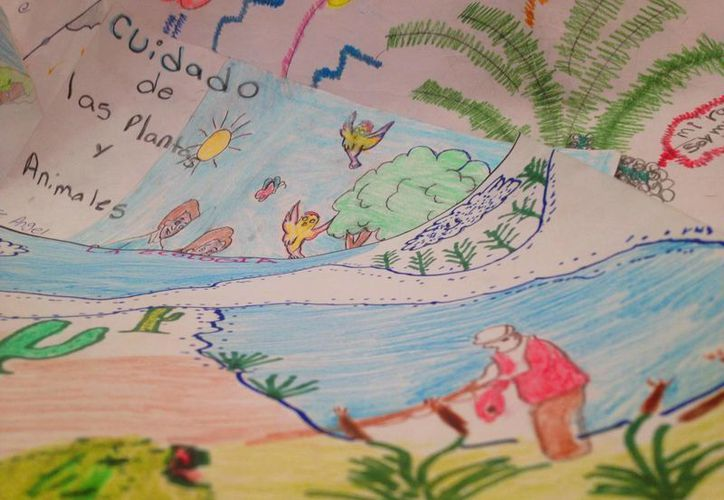 Tres de los 183 dibujos recibidos resultaron ganadores en el concurso municipal de Isla Mujeres. (Redacción/SIPSE)