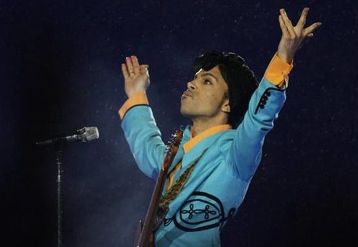 Prince solamente tuvo un hijo, esto en 1996, pero falleció al cumplir una semana de nacido. (Archivo/ AP)