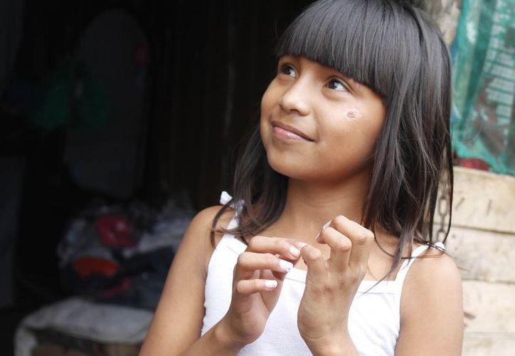 Dana Paola Fernández Rivero tiene su vivienda en la Región 234. (Jesús Tijerina/SIPSE)
