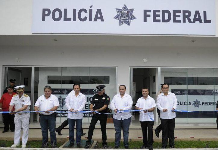Autoridades encabezaron el protocolo de inauguración de las nuevas oficinas. (Cortesía/SIPSE)