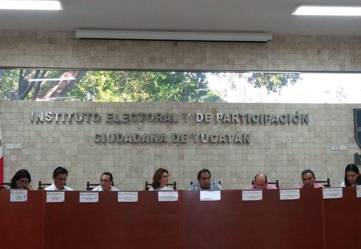 La sesión extraordinaria se llevó a cabo este martes. (José Acosta/Milenio Novedades)