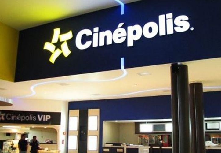 Hasta anoche Cinépolis seguía vendiendo entradas para dicha sala. (Milenio)