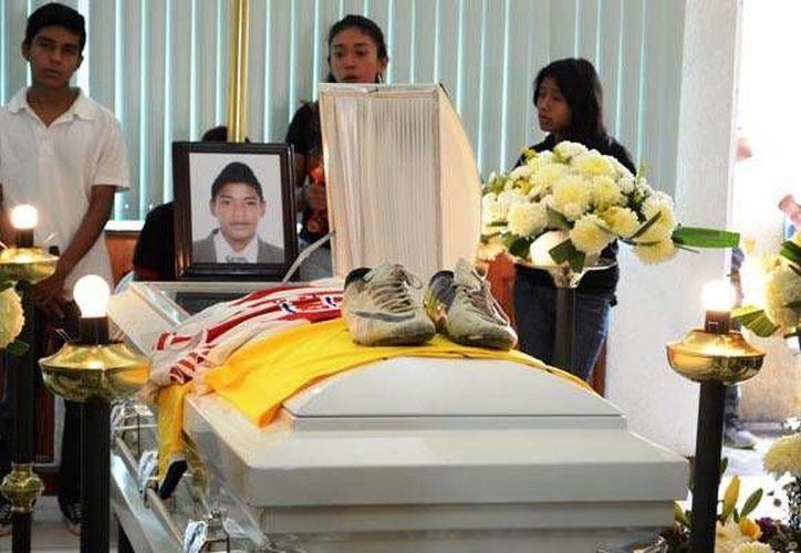 David Josúe García Evangelista, de 15 años, fue una de las víctimas mortales del ataque a balazos en una carretera en Iguala, Guerrero. (pueblo-guerrero.com)