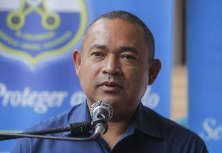 Mauricio Ramírez, ministro de Seguridad de El Salvador, dio a conocer el desalojo de la prisión de Cojutepeque. (EFE/archivo)