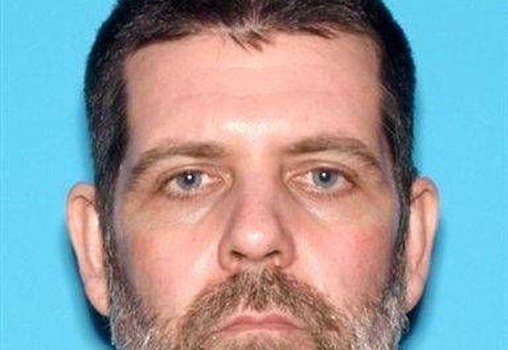 Fotografía sin fecha provista por la policía de Nampa de Christopher L. Hall, quien ahora enfrenta un posible cargo de hurto. (Agencias)