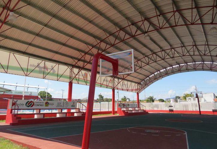 Los domos deportivos de las comunidades serán rehabilitados y se construirán áreas para dar respuesta a las demandas más sentidas de la población. (Javier Ortiz/SIPSE)