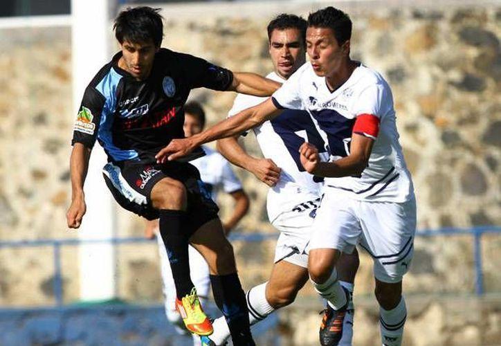 Para el duelo de hoy contra la UNAM el CF Mérida podrá contar con el central Jorge Alberto Campos.  (SIPSE)