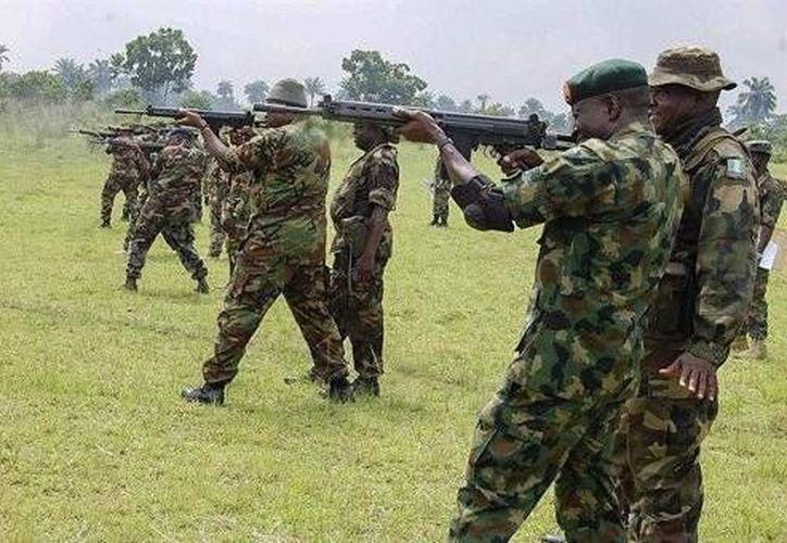 Denuncian que al norte de Nigeria, de mayoría musulmana, el Ejército detiene arbitrariamente a cientos de personas acusadas de tener vínculos con Boko Haram. (Archivo/EFE)