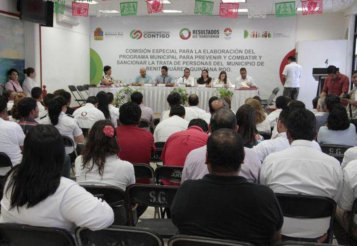 Establecen comisión municipal para formar programa contra la trata. (Tomás Álvarez/SIPSE)