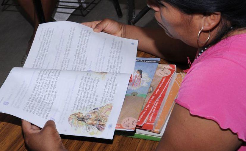 """El combate al analfabetismo se da a """"cuentagotas"""" en Yucatán. (Foto de contexto/Notimex)"""