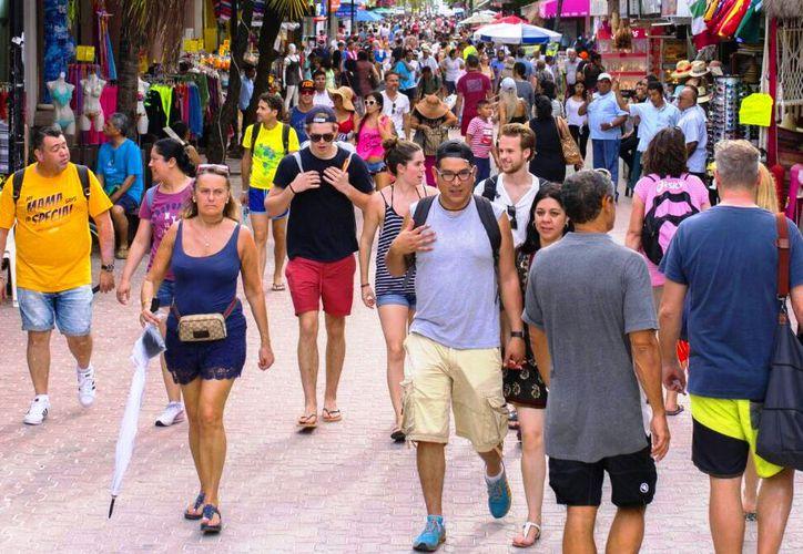 Los turistas franceses han recuperado la confianza en la Riviera Maya, luego de los hechos violentos registrados en el bar Blue Parrot. (Daniel Pacheco/SIPSE)
