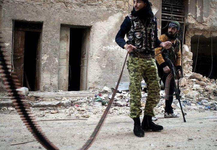 ONU indica que más de 70 mil personas han fallecido en el conflicto sirio. (EFE)