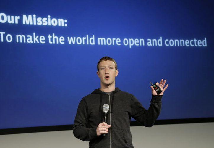 El fundador de Facebook aún no ha respondido a la petición del Parlamento Británico. (Contexto/Internet)