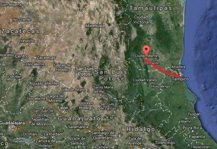 En el choque armado entre militares y delincuentes en la carretera Tampico-Mante, una persona fue detenida y se realizó un aseguramiento de armas, cartuchos, cargadores y droga. (Google Maps)