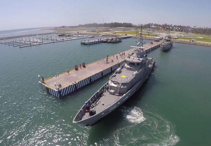 Durante 245 días, los 57 cadetes de la Escuela naval y 13 invitados más, formarán una sóla tripulación. (Contexto/ Internet)