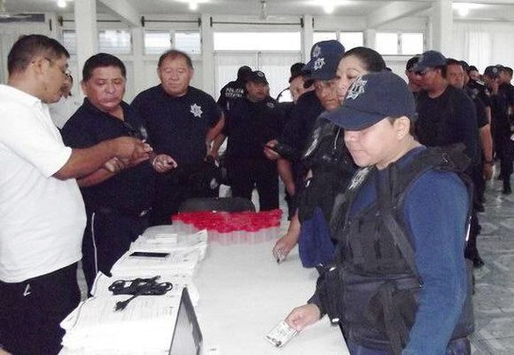 Más de mil elementos realizaron las pruebas de antidoping en Chetumal. (Redacción/SIPSE)