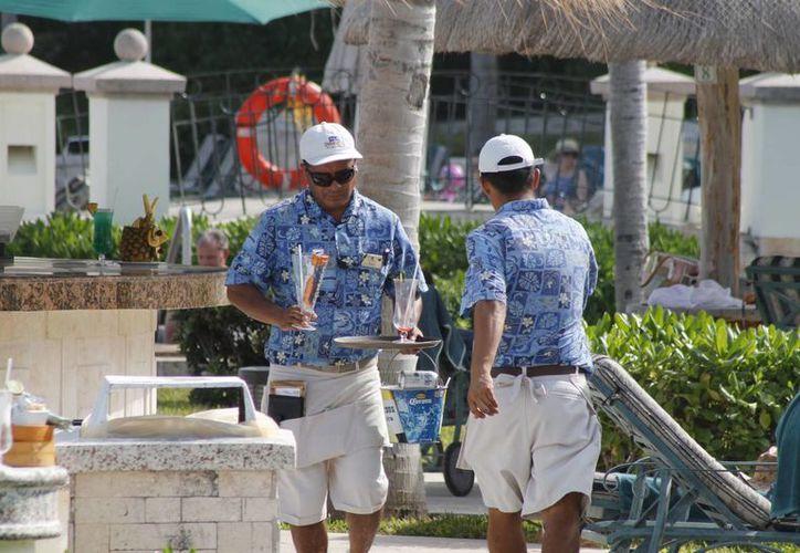 Alta ocupación impide despidos de colaboradores hoteleros. (Israel Leal/SIPSE)