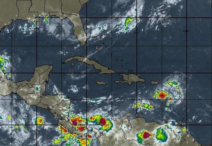 En la Península de Yucatán, se mantendrá el cielo de medio nublado a nublado. (Intellicast)