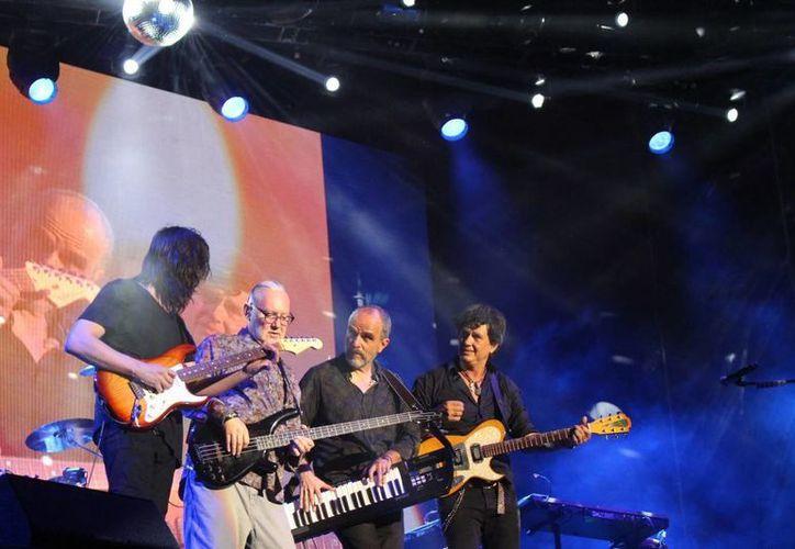 Caifanes tuvo su reencuentro en el año 2011. La banda ha recorrido diversas ciudades del país con su gira de reencuentro.(Foto tomada de Facebook/Caifanes Mx)