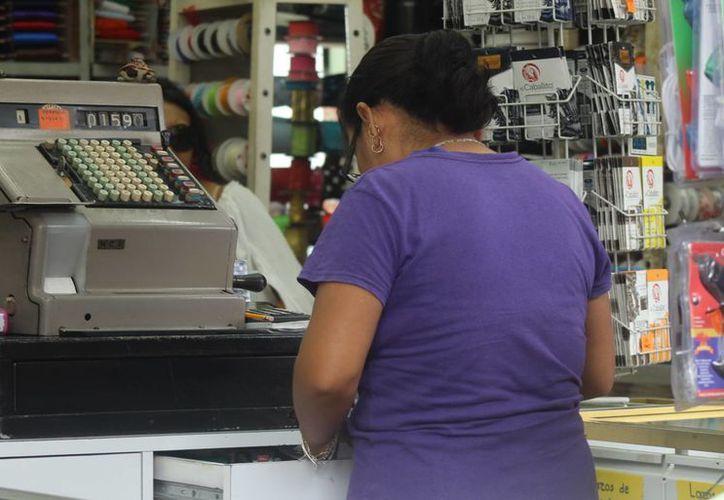 Miles de encuestas se aplicarán a personal operativo, administrativo y directivos de empresas para yucatecas para aclarar su situación actual, necesidades y expectativas. (SIPSE)