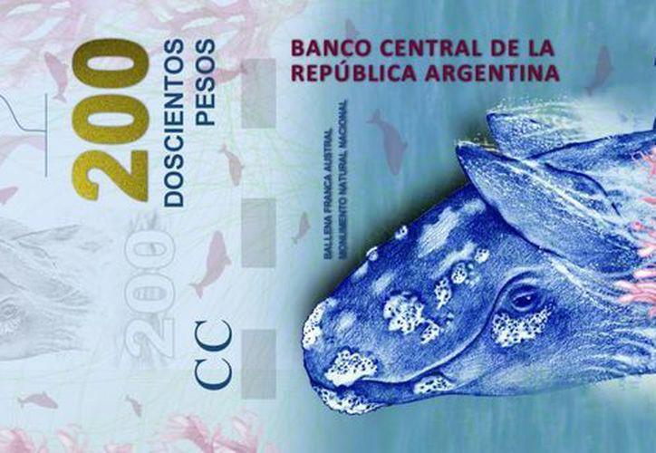 Fotografía cedida por el Banco Central de la República de Argentina que muestra un billete nuevo de 200 pesos. (EFE)