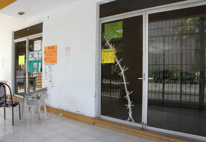 Los dirigentes de la sección 25 del SNTE mencionaron que la próxima semana recuperarán las instalaciones. (Tomás Álvarez/SIPSE)