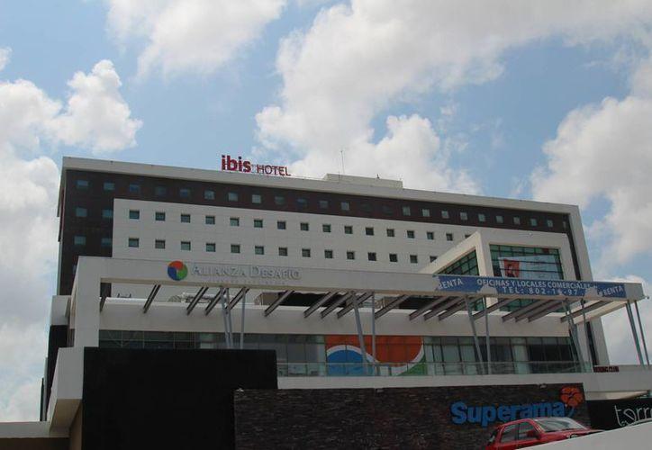 Abren más hoteles para atender grupos de negocios. (Israel Leal/SIPSE)