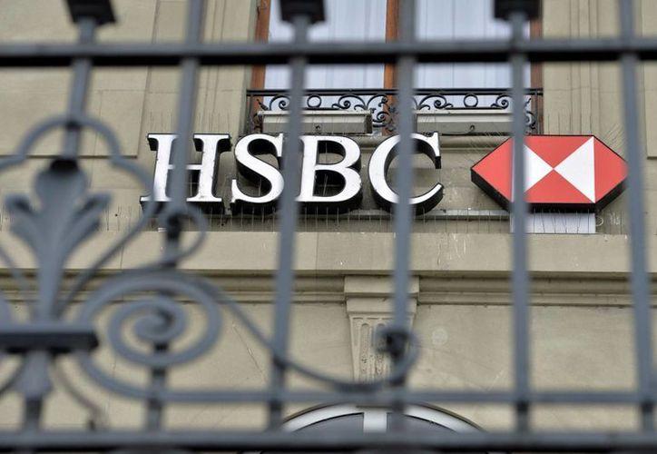 El banco HSBC en Suiza está acusado de ayudar a algunos clientes a evadir impuestos. (Archivo/AP)