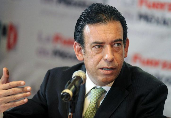 Fotografía de Humberto Moreira durante una rueda de prensa en el 2011. El exgobernador comparecerá este viernes en España ante el juez de la Audiencia Nacional Santiago Pedraz. (EFE/Archivo)