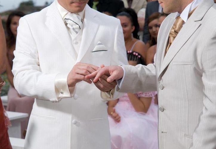 La pareja por fin verá concluído su sueño al poderse casar legalmente en su propia tierra. (Milenio Novedades)