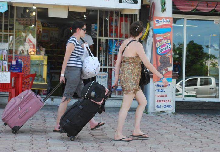 La presencia del turista ibérico en la entidad no se ha visto afectado, sino que mantiene un promedio similar. (Tomás Álvarez/SIPSE)