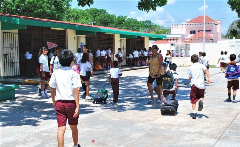 La finalidad es brindar educación de calidad a alumnos que estudian bajo una jornada extendida. (Foto: Redacción / SIPSE)