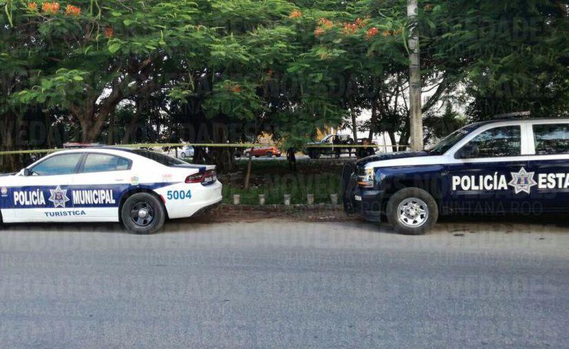 Elementos de seguridad encontraron al menos 10 casquillos de arma de fuego en el lugar. (Foto: Pedro Olive/SIPSE).