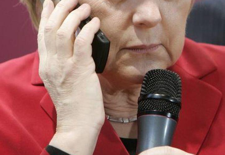 La canciller dijo que entre socios y amigos, como lo son Alemania y EU, no debe haber semejante revisión de las comunicaciones. (Agencias)
