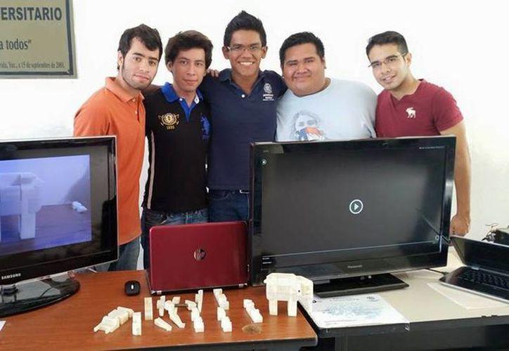 Imagen de uno de los grupos participantes en la Expotrónica 2015. La sede del evento fue la Universidad Modelo. (Tomada del Facebook de Ingenieria Universidad Modelo)