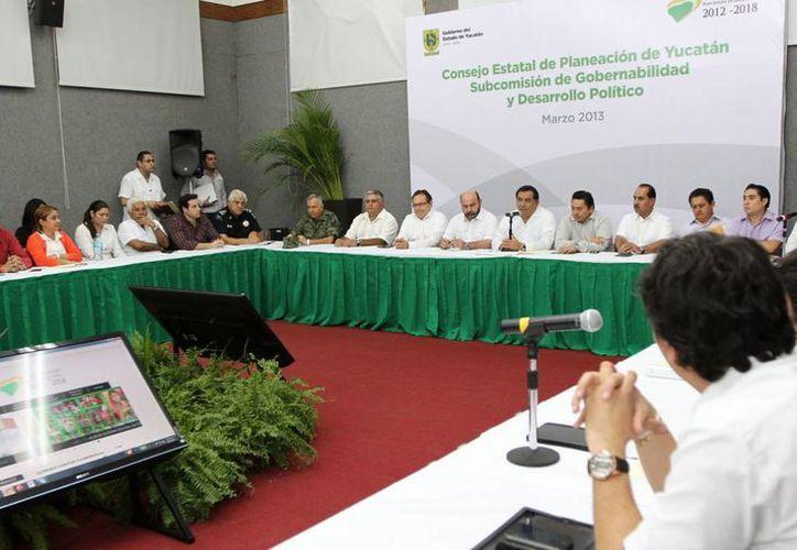 La reunión en la Secretaría General de Gobierno de este miércoles. (SIPSE)