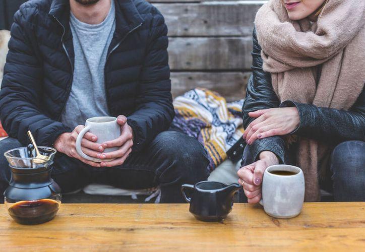 Un estudio sustenta que quienes consumen entre cuatro y seis tazas de café viven más años que quienes no consumen esta bebida. (Forbes)