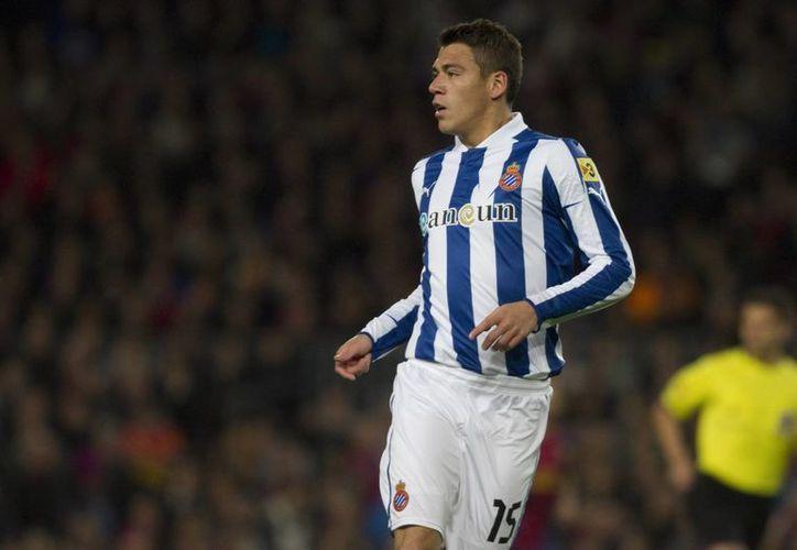 El jugador del Espanyol de Barcelona, es una opción para el equipo inglés, quien estaría dispuesto a contratarlo. (Archivo SIPSE)