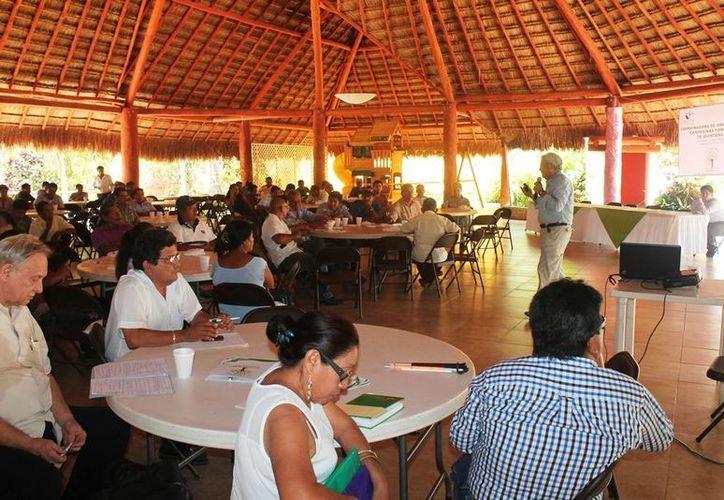 Realizan primer foro forestal de ejidos con aprovechamiento maderable en la ciudad capital. (Edgardo Rodríguez/SIPSE)