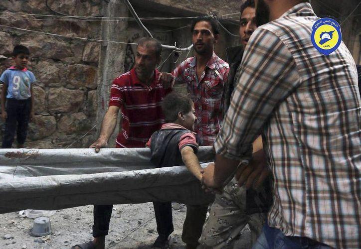 La ONU afirma que el asedio a la ciudad siria de Alepo se puede calificar de violación del derecho internacional humanitario. (AP)