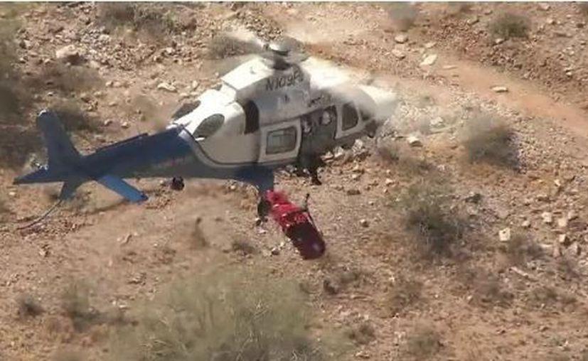 Aunque al principio todo iba bien, la mujer terminó dando varias vueltas mientras la aeronave ascendía. (RT)