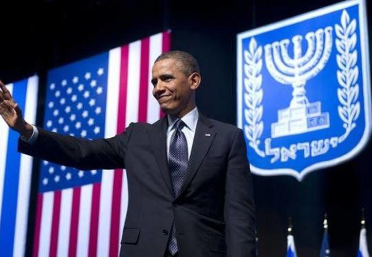 Un 49 por ciento considera que Obama es un político honesto y en quien se puede confiar. (Archivo/Guardian)